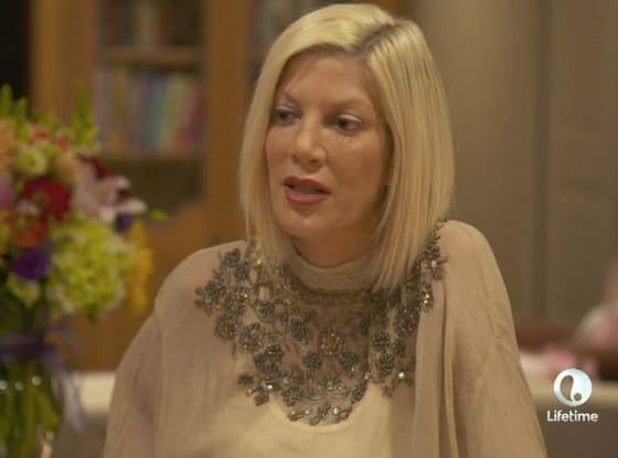 Tori spelling on true tori pic