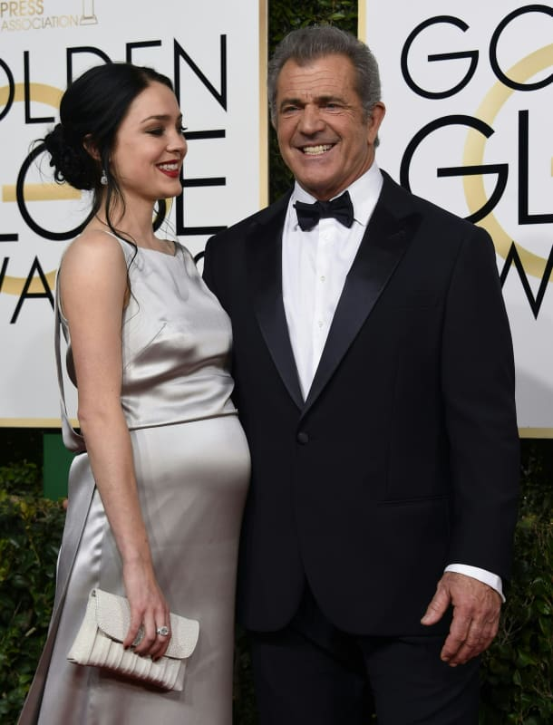 Rosalind ross and mel gibson at the oscars