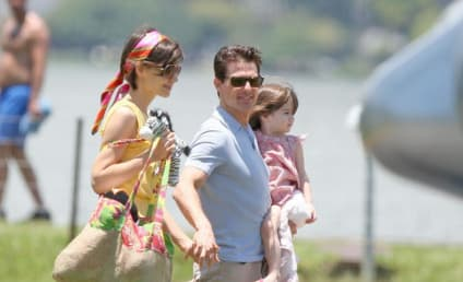 Suri Cruise Does Some Early Holiday Shopping