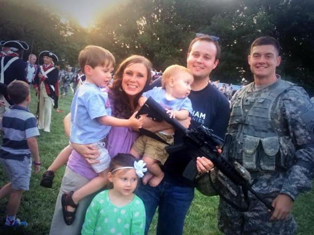 Josh Duggar Gun Photo