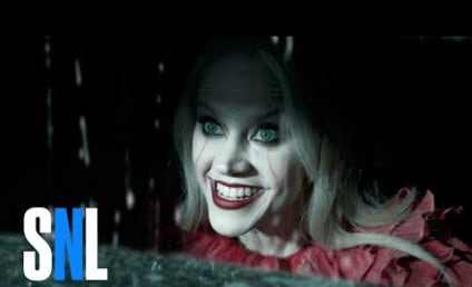 Kate McKinnon Does Pennywise in HILARIOUS Saturday Night Live Clip: Watch!