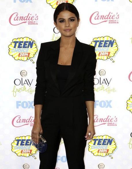 Selena Gomez at the 2014 Teen Choice Awards