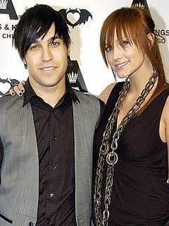 Pete Wentz and Ashlee Simpson-Wentz