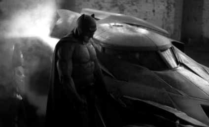 Batman v Superman Extra Leaks MAJOR Spoilers: You Won't Believe Who's Playing Robin!