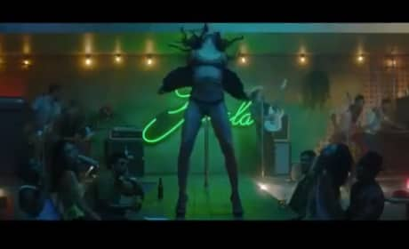 Bruno Mars - Gorilla (Music Video)