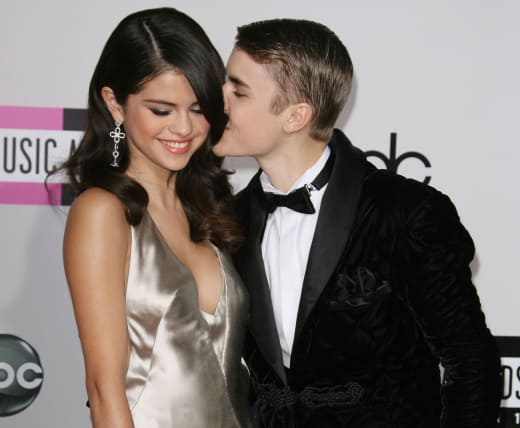 Selena Gomez and Justin Bieber: 2011 American Music Awards