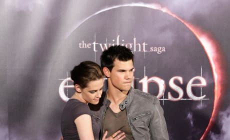 Kristen Stewart and Taylor Lautner Picture