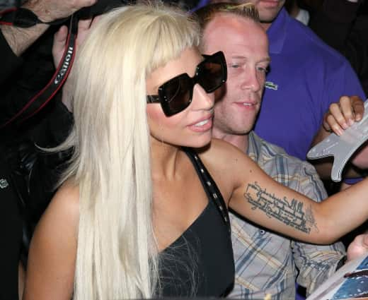 Lady Gaga, Arm Tattoo