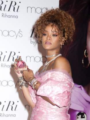 Rihanna Sells Her Fragrance