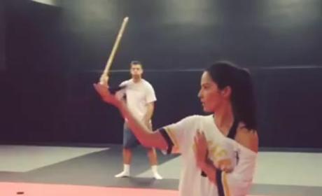Olivia Munn Trains for X-Men: Apocalypse, Shows Off Sword Skills