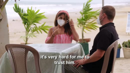 Evelin Villegas - it's very hard for me to trust him