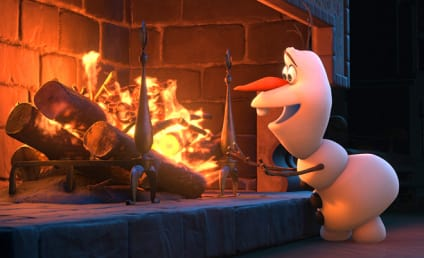 Frozen Burns Box Office Competition, Scares Away Paranormal Activity