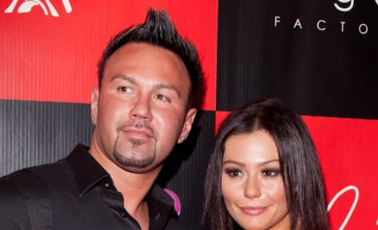 JWoww and Roger Mathews: Engaged!!
