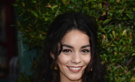Vanessa Hudgens: Wizarding World of Harry Potter Opening