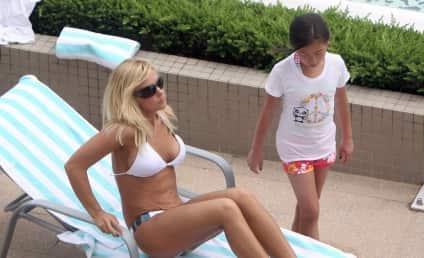 Kate Gosselin Bikini Photo: Hot or Not?
