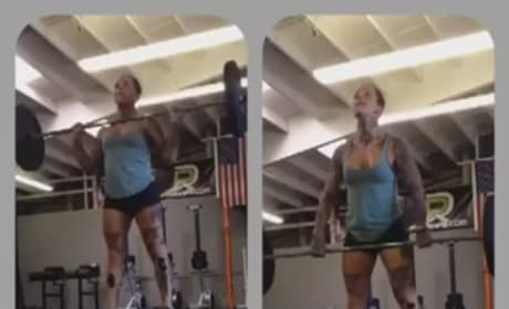 CrossFit vs. Chloie Jonnson: Choose your side ...