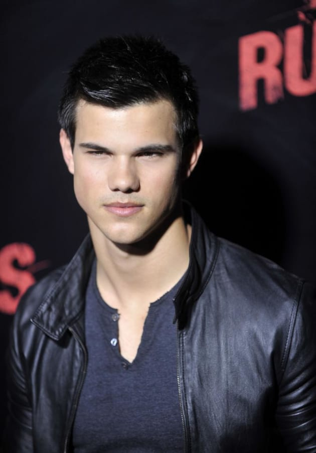 Taylor at a Premiere