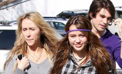 Miley Cyrus Earns Wrath of Fashion Experts, God