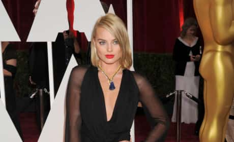 Margot Robbie at the 2015 Oscars