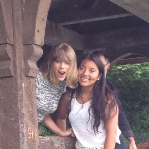 Taylor Swift and Fan