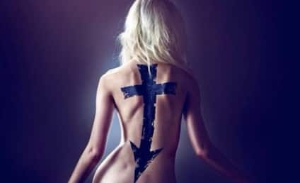 Taylor Momsen: Nude, Going to Hell (on Album Cover)!