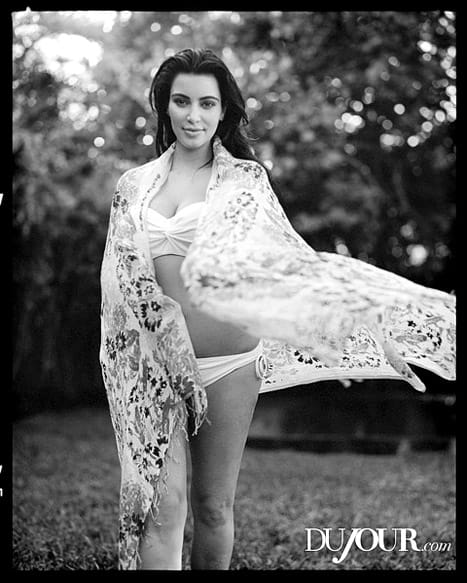 Kim kardashian pregnant black and white