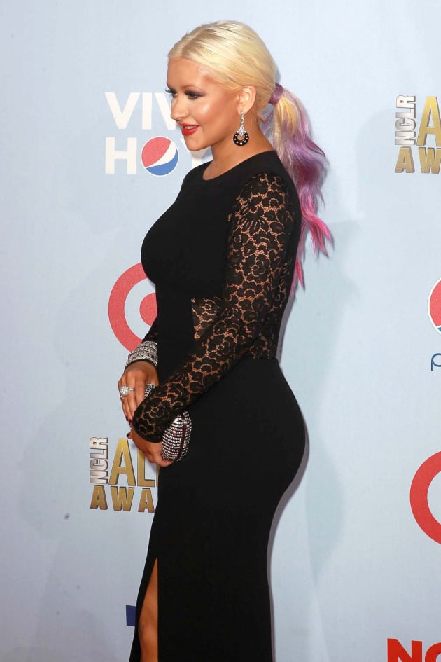 Christina Aguilera Curvy Photo