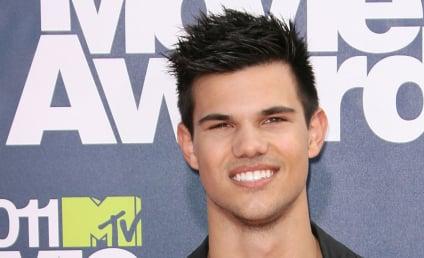MTV Movie Awards Fashion Face-Off: Taylor Lautner vs. Ryan Reynolds