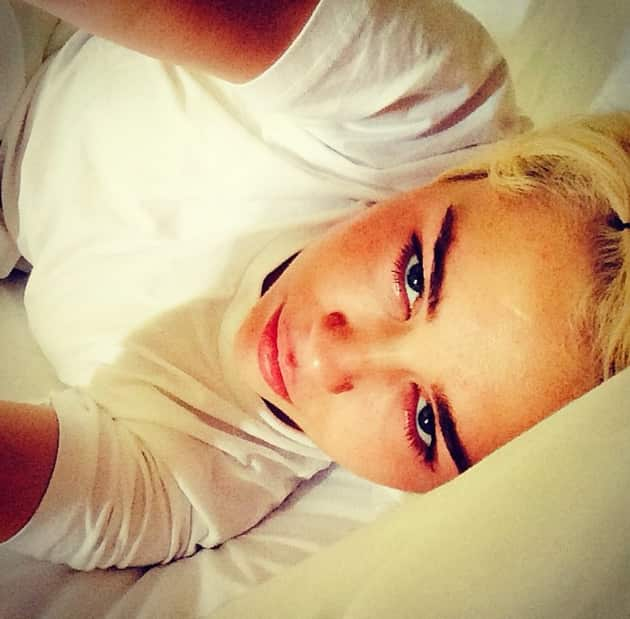 Miley Cyrus in Ireland Bed