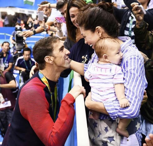 Nicole, Michael and Boomer Phelps Photo