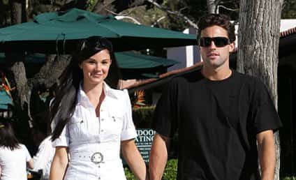 Joe Francis Coaching Abbey Wilson to Back Him Up Against Jayde Nicole