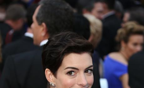 Anne Hathaway at the Oscars