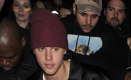 Justin Bieber: Tape Night Club Sighting