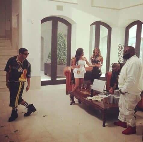 Drake No New Friends Photo