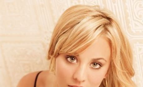 Hot Kaley Cuoco