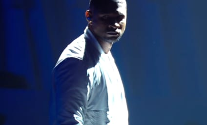 Usher Teams with Nicki Minaj, Performs at MTV Video Music Awards