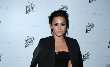 Demi Lovato: Stella McCartney Autumn 2016 Collection Event