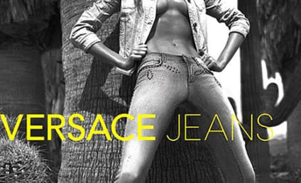 Gisele Bundchen: Topless for Versace!