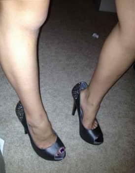 Kate Gosselin, Daughter, Legs