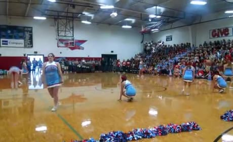 Cheerleaders Defend 9/11-Themed Performance