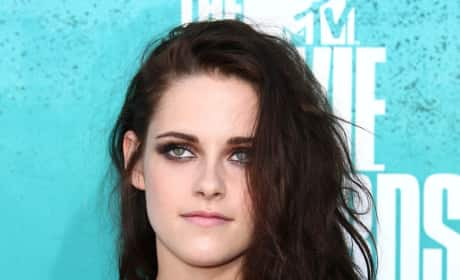 Should Kristen Stewart have issued a public apology?