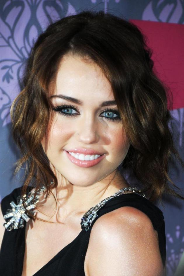 Cyrus Photo