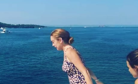 Lindsay Lohan: Baby Bump Video?