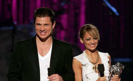 Nick Lachey Nicole Richie Present VMAs 2006
