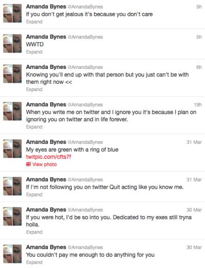 Amanda Tweeting