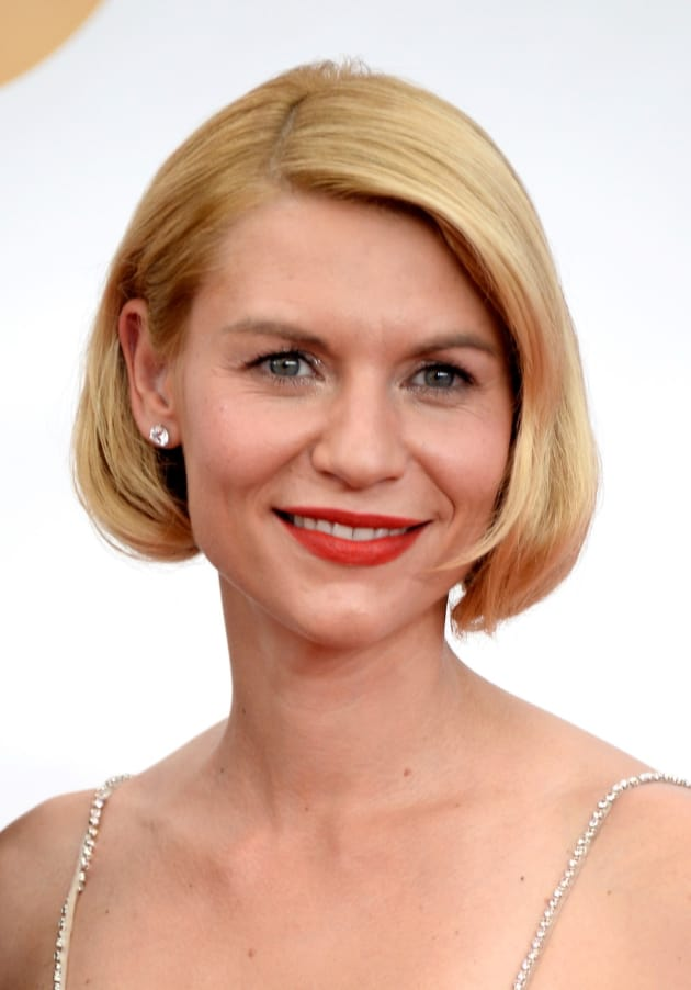Claire Danes Hair Emmy Dress Husband Pique Twitter Fans