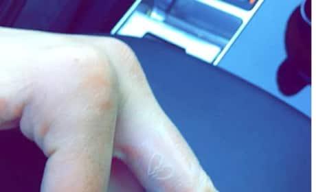 Kendall Jenner, Hailey Baldwin Tattoos