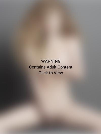 Lady Gaga Nude for V