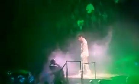 Kim Kardashian Freezes at Prince Concert
