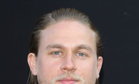 Should Charlie Hunnam star in 50 Shades of Grey?